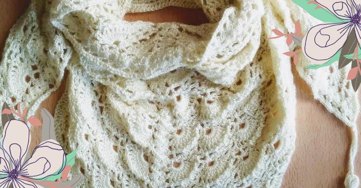 chal a crochet con borlas